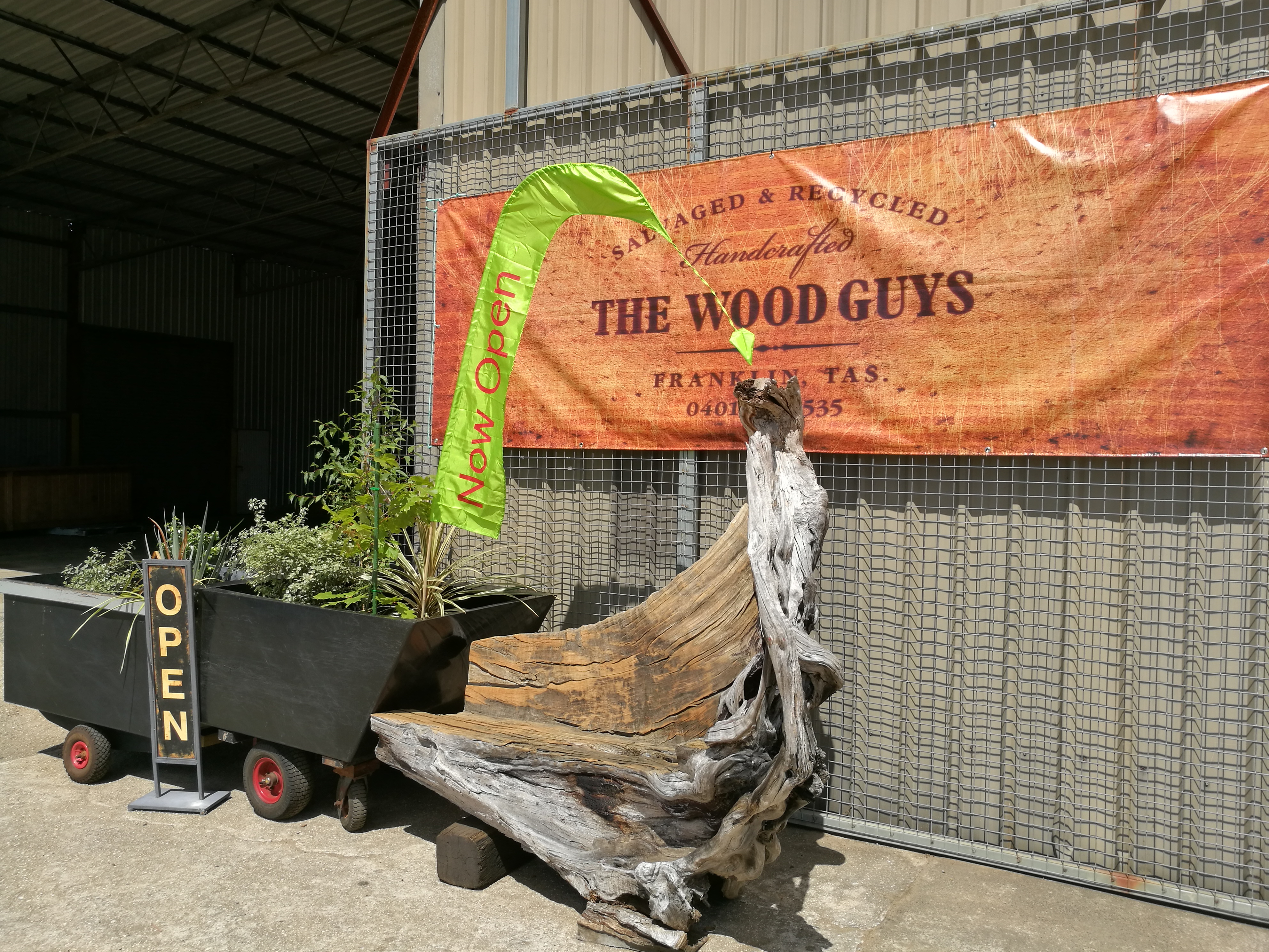 FRANKLIN, TASMANIA PRIVILEGED TO HAVE – THE WOOD GUYS – IN THEIR NEIGHBOURHOOD !